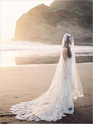 Veil, vintage veil, vintage, lace applique detail, bridal veil