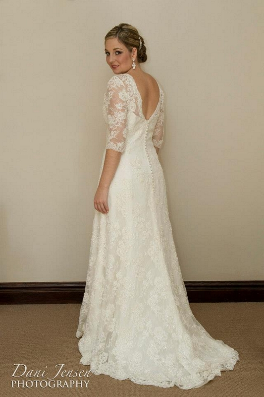 Vintage lace wedding dress with sleeves maryke wedding for Vintage wedding dress designers